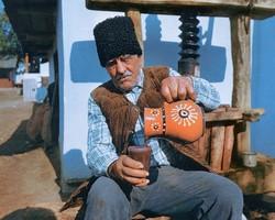 Гордость Молдовы ее люди и искрометное молодое вино.